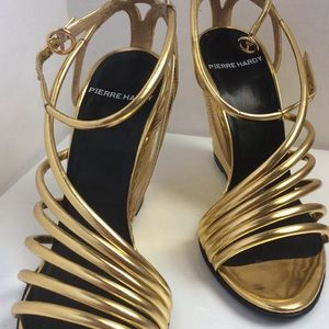 "Pierre Hardy Gold metallic Wedge shoes, 4"" height."